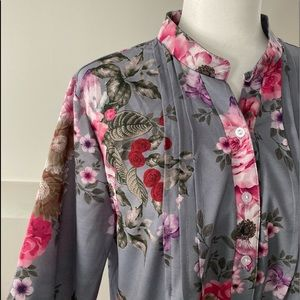 Beautiful gray floral blouse